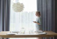 Zasłony sterowane automatycznie – nowoczesne aranżacje okien z Somfy